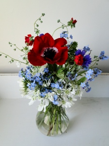 Diamond Jubilee Posy