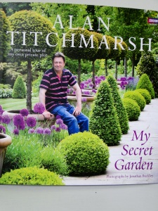 Alan Titchmarsh 'My Secret Garden'
