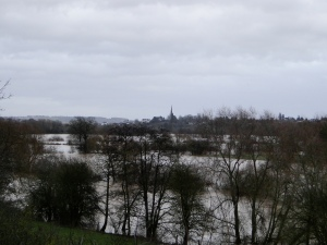 Flooding at Ross on Wye which could be renamed Ross on Sea